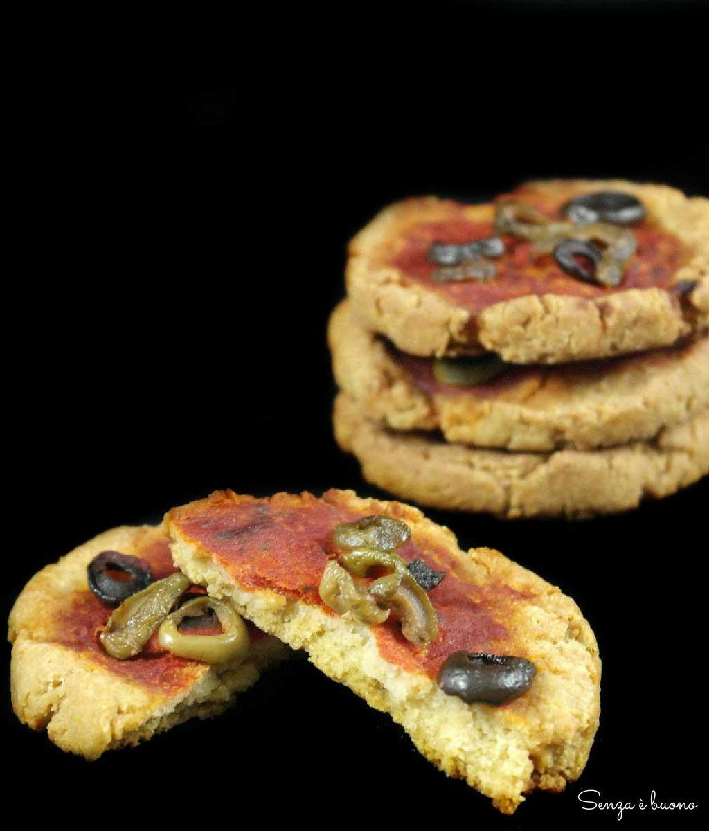 Pizzette a basso indice glicemico con farina di legumi, senza glutine vegan e senza lievito