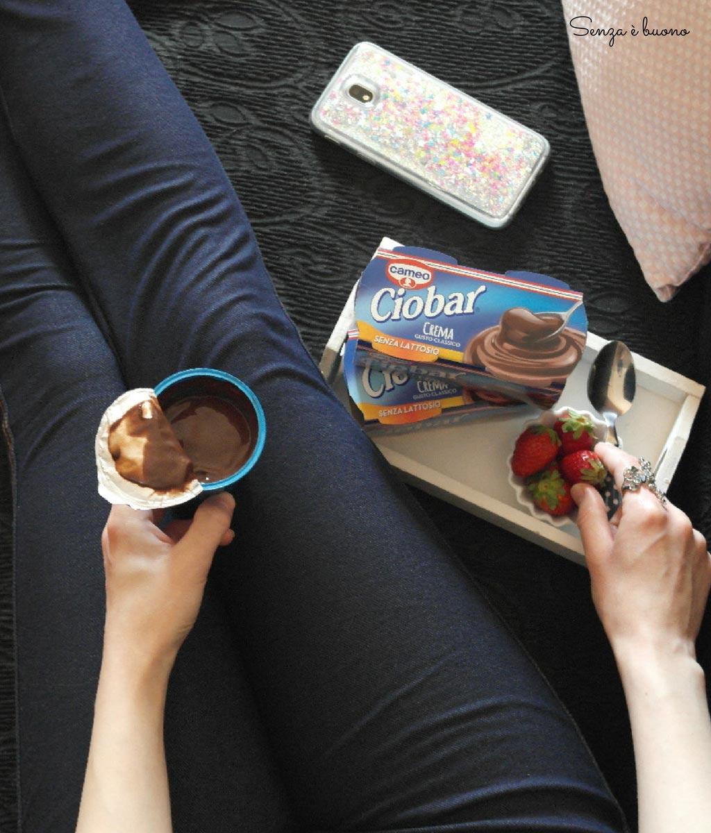 Dessert al cioccolato senza lattosio senza glutine