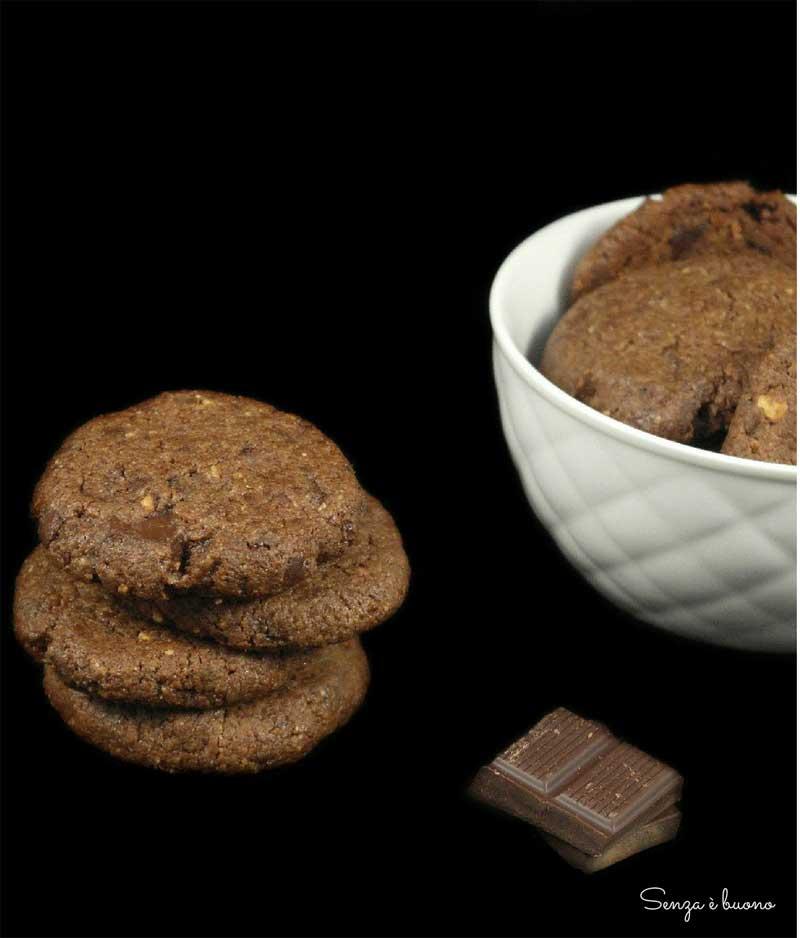 Biscotti proteici senza carboidrati vegan senza glutine