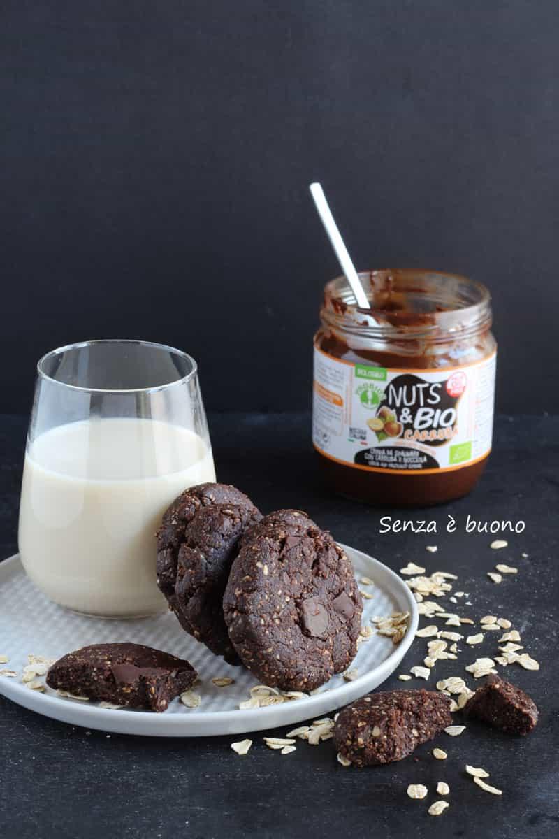 Biscotti al cioccolato senza glutine vegan