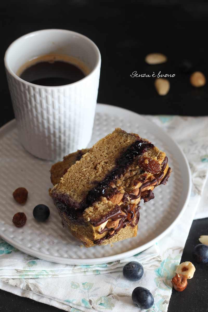 Plumcake soffice senza glutine ripieno di confettura