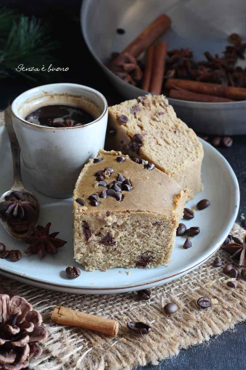ciambella al caffè cotta nella pentola fornetto versilia