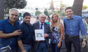 Da sinistra: Giuseppe Auriemma, Luciano Saltarelli, Pasquale Piccolo, Simona Cerbone, Gennaro Castaldo