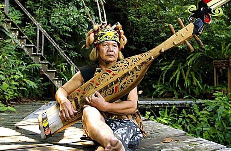 Sapeh : Alat Muzik Anugerah Dari Alam Semulajadi Bumi Kenyalang