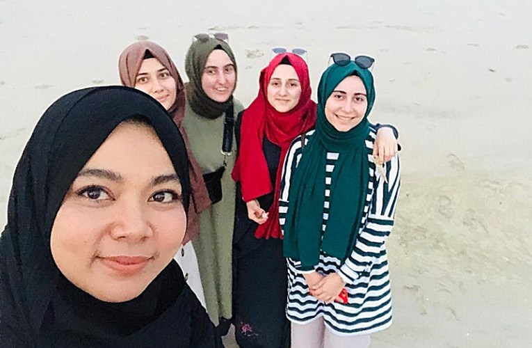 Peserta ITB Terengganu Raih Rezeki Terima Pelancong Dari Turki Melalui Aplikasi Showaround