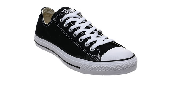 Converse Chuck Taylor Low Cut Sneakers