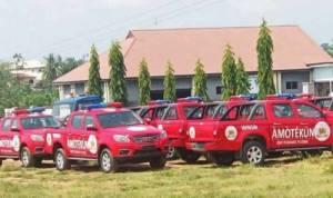 SaharaReporters: Officers Open Fire In Oyo, Two Killed, Scores Injured