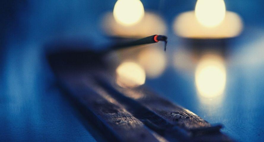 bâton d'encens pour méditation
