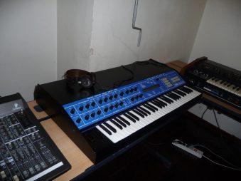 bluesynths08_sequencerde64