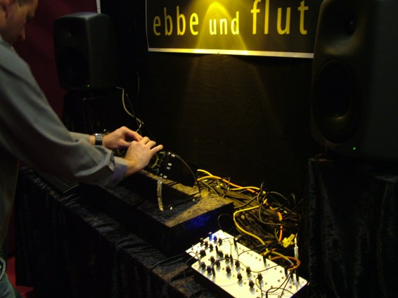 musikmesse09_synmag230