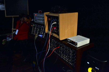 Dinosaurier-Synthmeeting_123