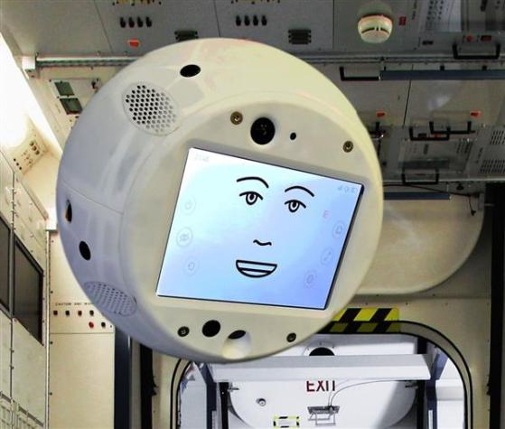 cimon-airbus-ibm-build-giant-3d-printed-head-help-astronauts-solve-problems-1