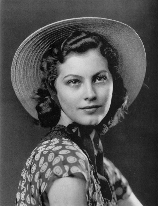 Ava Gardner before her MGM makeover.