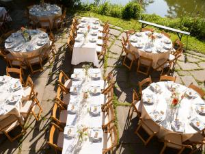 How to Seat Your Wedding Reception Guests  Serendipity