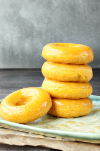 Pumpkin-donuts-with-caramel-glaze