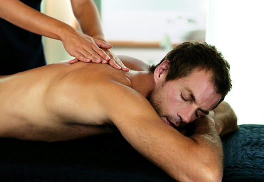 https://i1.wp.com/www.serenitygweedore.com/images/man_massage.jpg
