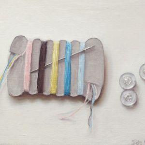 Schilderij naald, draad en knopen, olieverf op paneel, 11 x 14 cm, Serge de Vries