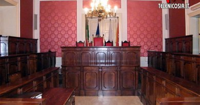Nicosia, nel consiglio comunale del 16 dicembre si discuterà di debiti fuori bilancio