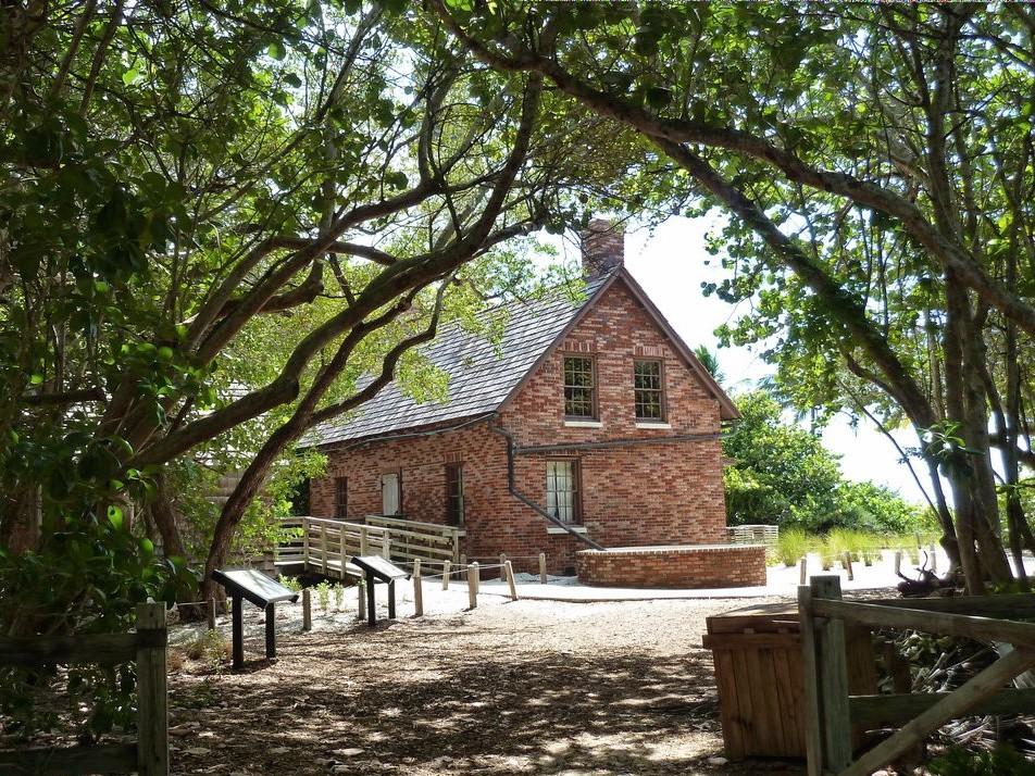 Que faire à Miami ? la maison du gardien du phare situé à Bill Baggs State Park