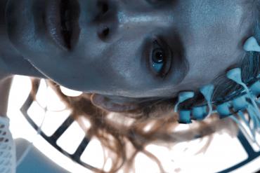 Oxygène : découvrez le teaser suffocant du prochain film d'Alexandre Aja  avec Mélanie Laurent