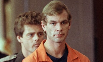Monster : The Jeffrey Dahmer Story : Netflix et Ryan Murphy prépare une série sur le célèbre Cannibale de Milwaukee