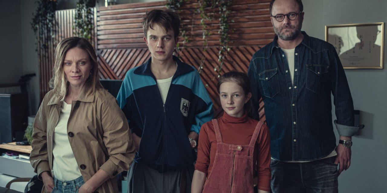Hold Tight : La pologne s'attaque à l'adaptation d'un nouveau roman d'Harlan Coben (en 2022 sur Netflix)