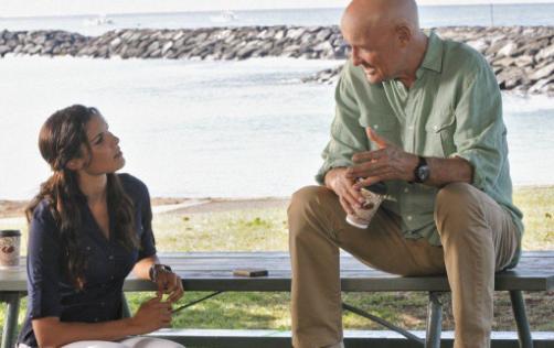 Terry O'Quinn y Daniela Rua