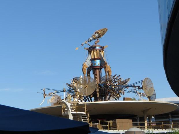 Disney Abandons the Future in Tomorrowland: