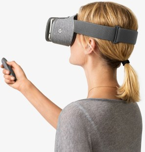 2016: The Year Virtual Reality Shifted Toward Reality