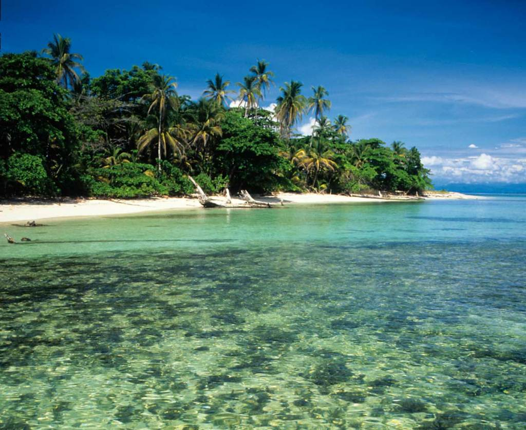 Red Frog Beach Island Resort Certified For Its: 6 Amazing Secluded Beaches