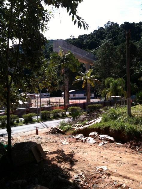 Foto:  Conceição Aparecida Santos, 18/04/2014 - Rodoanel Norte, canteiro de obras, clube da Sabesp