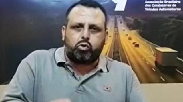 """Líder caminhoneiro sobre apelo de Bolsonaro contra greve: """"Não convence"""""""