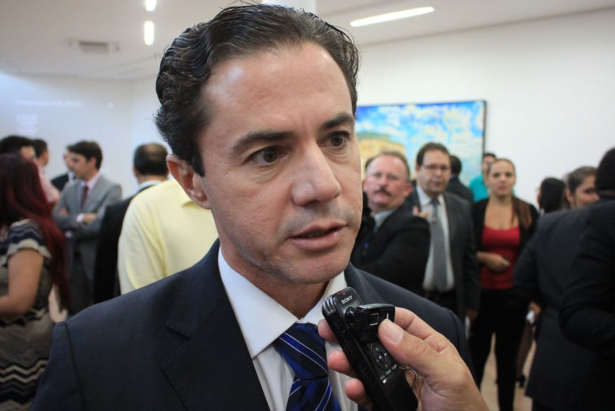 Veneziano Vital é eleito primeiro vice-presidente do Senado Federal