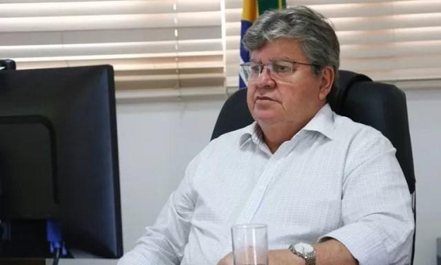 João Azevêdo anuncia 266 contemplados no programa 'Bolsa Esporte'