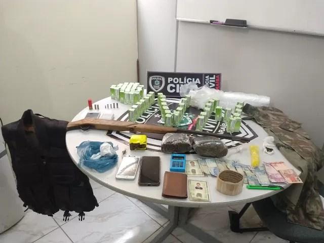 POLÍCIA CIVIL em QUEIMADAS prende envolvidos em duplo homicídio e tráfico de drogas
