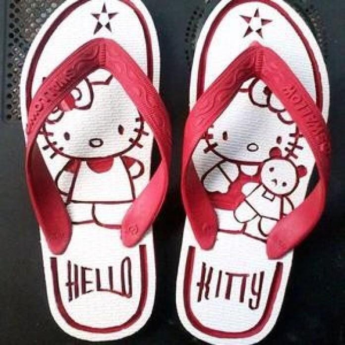 Sandal Jepit hello Kitty