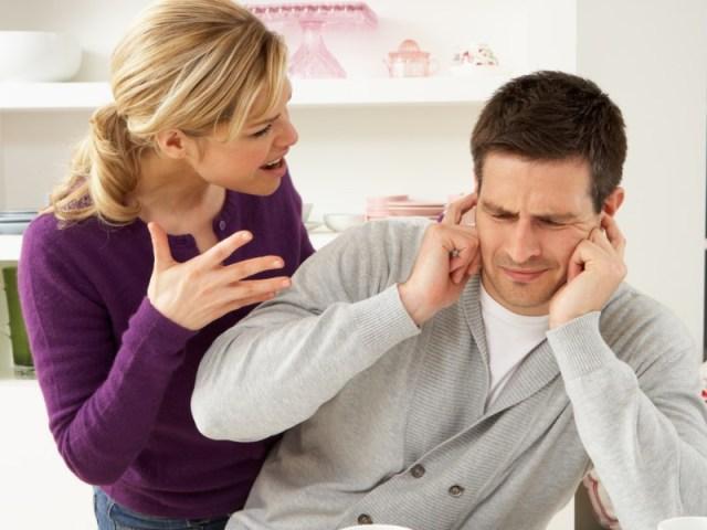 saat ada masalah dengan pasangan, jangan membanding-bandingkan pasangan dengan mantan. gambar via: lensza.co.id
