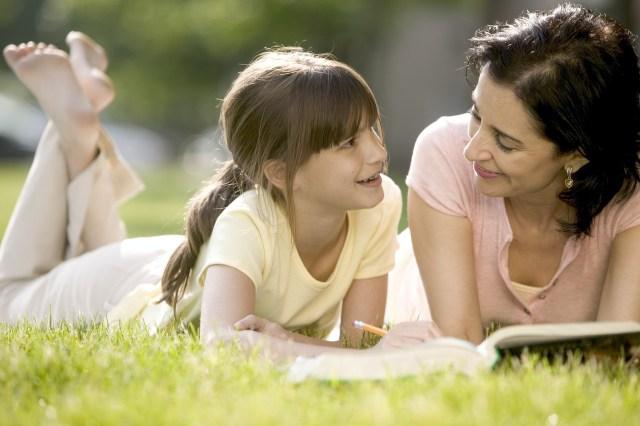 MemprioritaskanPeran Sebagai ibu