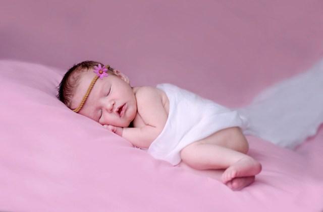 Foto Bayi Lucu Lagi Tidur