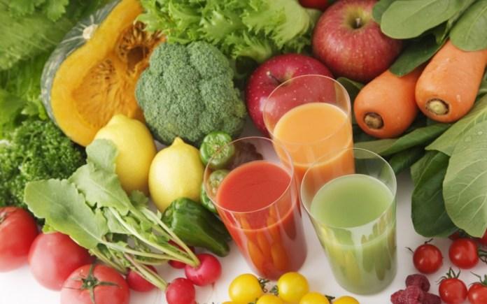 konsumsi makanan bernutrisi untuk mengobati radang tenggorokan