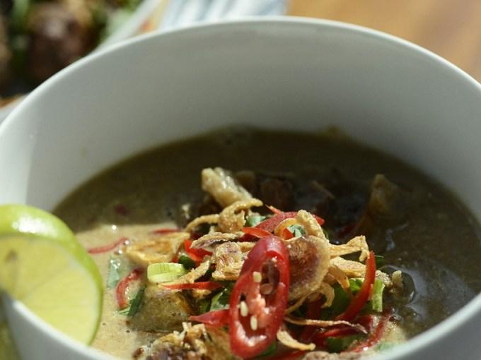 gambar via: Asian Food Channel
