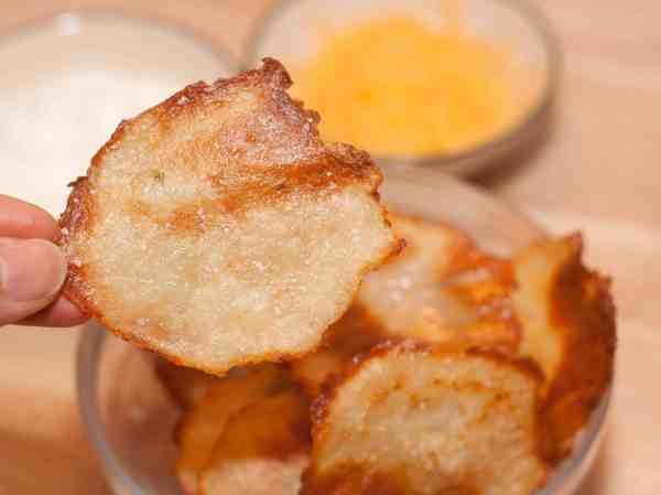 cheddar sour cream potato chips