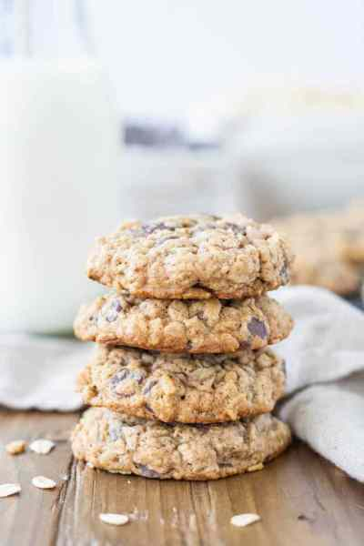 oatmeal_chocolatechip_cookies2