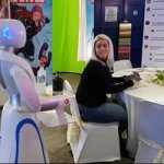 Robot Waiter   The Amy Waitress is the Ideal Marketing Tool