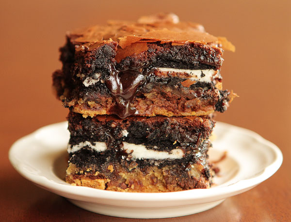 Ultimate-Chocolate-Chip-Cookie-n-Oreo-Fudge-Brownie-Bar-08