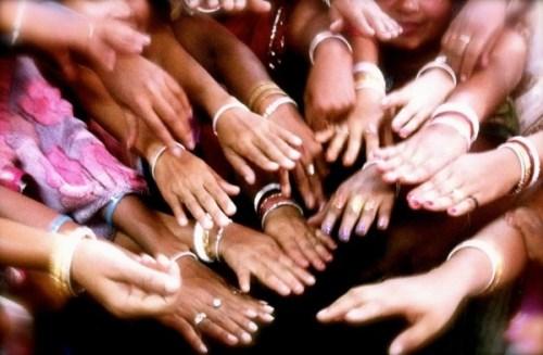 Sari Bari beautiful hands