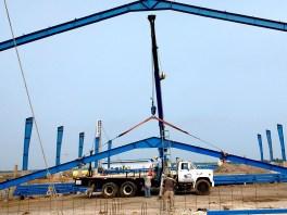 Armado de estructuras para construcción de bodegas