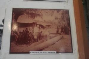 Koleksi foto misi Asmat di Museum 2