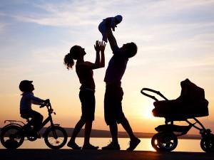 Keluarga bahagia by boltsky