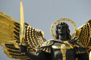 Archangel Michael statue in Kiev, Maidan Nezalezhnosti square. Kiev, Ukraine, Eastern Europe.